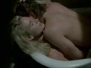 Kelly lynch hubungan intim adegan