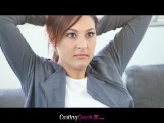 Mignonne fille takes rude anal casting session