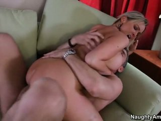 Bigtitted vicino/a di casa, abbey brooks