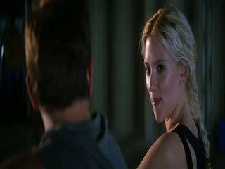Scarlett johansson hes tiesiog ne kad į jūs