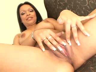 Krūtinga mažutė gets double penetrated