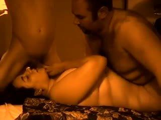 Screwing filthy nagymellű feleség a a szomszéd -ban két férfi egy nő