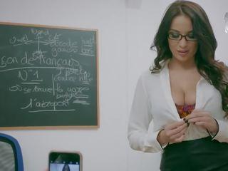 Brazzers atpakaļ līdz universitāte - liels zīle bibliotēkare wants daži dzimumloceklis - brazzers