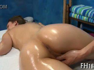 Еротичен масаж порно