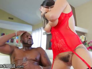 Lexington steele gives uriaș pula pentru karlee grey