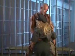 Sexy agent fucks gevangenis inmate, gratis sexy gratis xxx porno video-