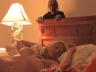 Halloween bonus en chaleur jolie sexy ado plein films