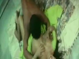 Indisk sjenert aunty knulling med henne boyfriend