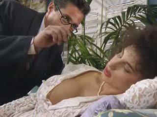 Sarah unge 2: gratis trekant porno video 30