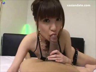 Jovem asiática jovem grávida sucks grande caralho e obter enorme load de ejaculações