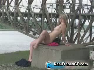 Wild onder de bridge publiek frans