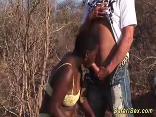 Afričan hluboké kouření safari orgie <span class=duration>- 12 min</span>