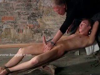 Te-n gay sex slave looses himself