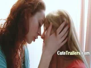Two girl2girl in liefde vingeren snatches