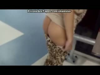Pussy penetration and blowjob in changing room