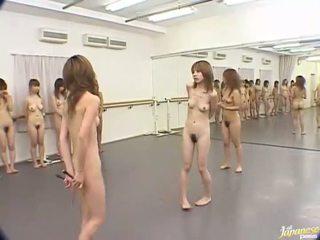 Japonez prunci are nebuna femei