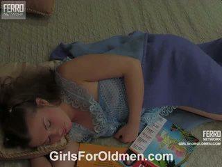 Alana karl vieux et juvenile vidéo