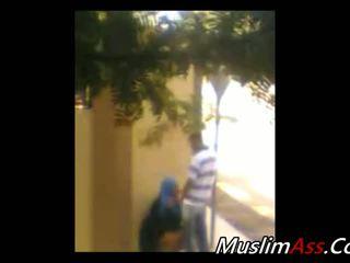 Hijab Outdoor 1