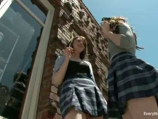 Anaal reform meisjes bestraft met enemas vuistneuken en strap op