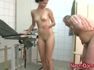 Tanja sucks stary doc penis