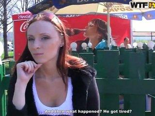 Margot exhibits jos išdykęs bits ir touches už pinigai