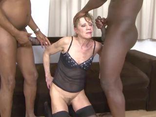 肤色 色情 奶奶 dped 由 two 黑色 men 肛交 和
