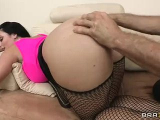 Sophie dee gets ji sočno velika rit filled s težka kurac