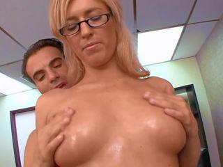 Sex im büro mit rallig blond, kostenlos hd porno 45