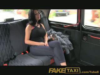 Faketaxi shfaqje vajzë me i madh cica fucks për para në dorë