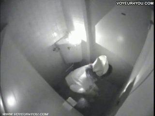 Masturbation jetë tualet dhomë