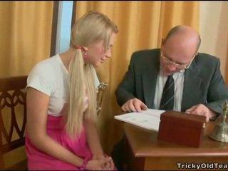 Kolmekesi lesson koos vana õpetaja