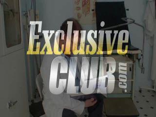 Vanesa ekstrēms muff gaping par gyno krēsls pie ekscentriskas gyno clinic