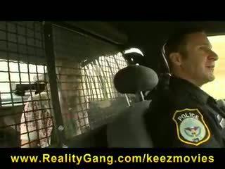 Heather starlet - karstās & uzbudinātas blondīne pusaudze hitchhiker palaistuve picked-up & fucked līdz policists