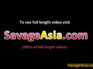 Sexy asiática adolescente stripping
