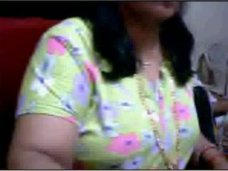Bihari aunty brust presse