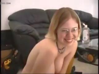 Stupid conne soumise allemande docile masturbe god: porno 71