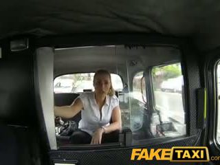 Faketaxi poredne policija ženska v taxi man payback