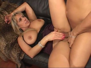 Wanda Lust: Free Mature & MILF Porn Video 07