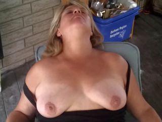 Heather par the patio: bezmaksas mammīte hd porno video 1d