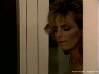 Tracey adams темно corner 01