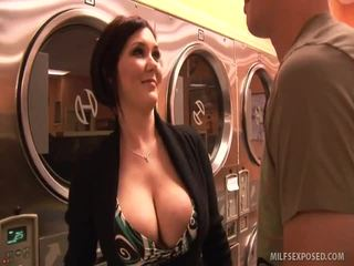 Insanely Sexy Babe Claire Dames Rides Dong Til She Cums