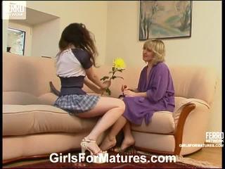 Virginia et juliet lezzy mère onto vidéo