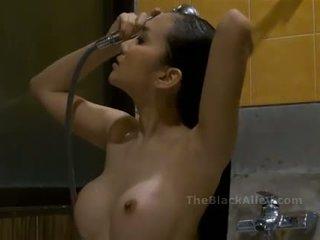 淋浴, 热, 亚洲人