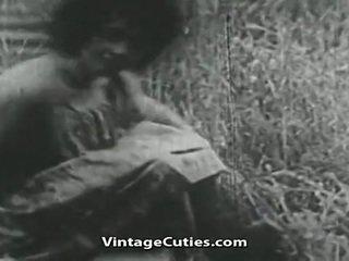 Mädchen mit groß brüste und haarig fotze gefickt im bereich