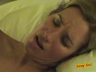 Süß heiß milf mutter gets sie bald feucht muschi gefickt hardcore porno