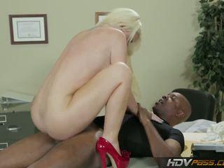 blondes, big boobs