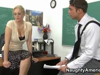 جذاب, الجنس المتشددين, اللسان