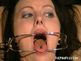 Pervertida emily sharpes painful médicos exame