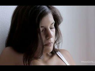 brunete, innocent amatieru tīņi, erotiska tīņi