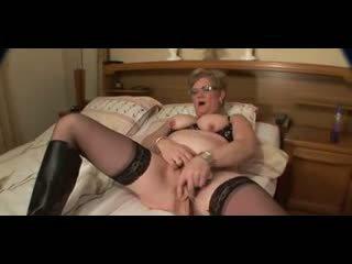 Granny in Glasses and Stockings Big Nipples Masturbates